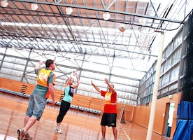 Few things you must know before acing your next indoor netball game
