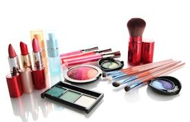 Kismet Cosmetics: Lipstick Review