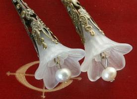 flower trumpet earrings,white earrings,antique bronze earrings,trumpet flower earrings,lucite flower earrings,bride earrings,gift for her