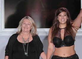 Curvy Model Ashley Graham Models Her Own Designs at NYFW