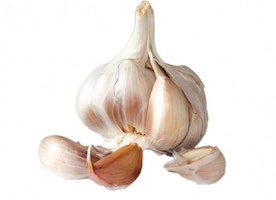 Garlic for Yeast Infection: Here's What You Need to Know