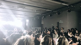 How to Do New York Fashion Week as a Broke Student