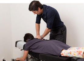 Opt for the Beneficial Non-Invasive Chiropractic Care to Alleviate Severe Pain