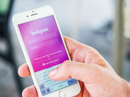 15 Effective Instagram Blog Post Ideas to Promote Your Business