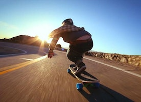 How to Properly Ride a Longboard for Surfing?