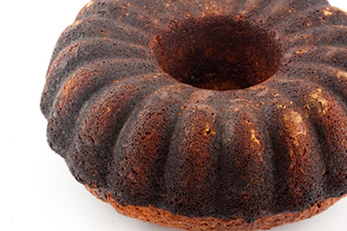 Kitchen Tips Tuesday: How to Salvage a Burnt Cake