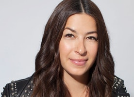 Rebecca Minkoff Launches New Platform, RM SUPERWOMEN in Partnership with the Women's March