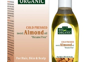 Lesser Known Benefits Of The Organic Almond Oil