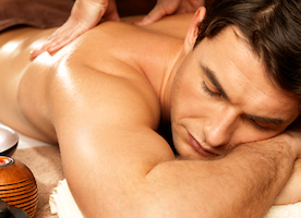6 Tips To Set Him Ablaze With An Erotic Sexual Massage