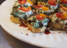 #GlutenFREE Life: Gluten Free Warm Spinach Bruschetta