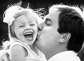 27 Heartwarming Moments between Daughters and their Fathers