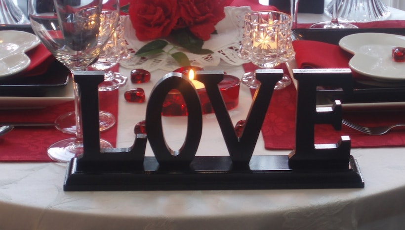 5 Amazing DIY Ideas to Make your Room Valentine Day Ready
