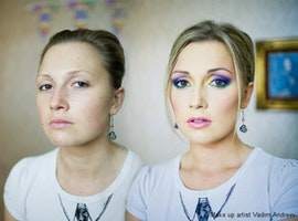 27 Photos That Show the Power of Makeup