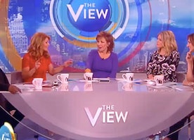 "Candace Cameron Just Posted Tragic News Right After ""The View"" Had A Show About Porn"
