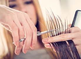 Still deciding whether or not to attend cosmetology school? Read this