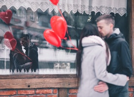 Your Personal Dating Curve - How to Tell If He's Worth a Date