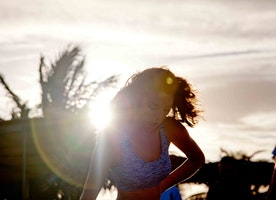 10 Tips to Get You Through Bathing Suit Season