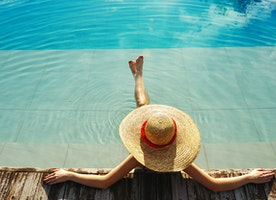Your ultimate guide to protecting your skin from summer travel
