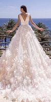 10 Wedding Dresses 2019 — Trends & Top Designers
