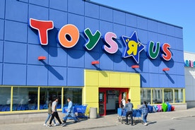 I will ALWAYS be a Toys R Us Kid!!