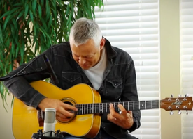 "Fantastic ""Somewhere Over the Rainbow"" Cover by Tommy Emmanuel."