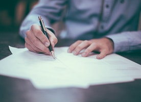 5 Best Practices for Writing Business Reviews