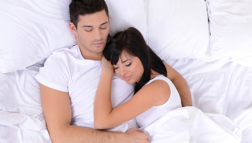 5 Sleeping Positions Of Couples That Tell About Your Relationship