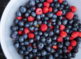 Kitchen Tips Tuesday: Washing Berries