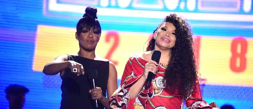 Tichina Arnold and Tisha Campbell Host the 2018 Soul Train Awards