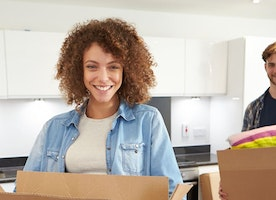 How Can You Hire Reliable Movers?