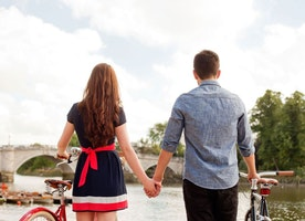 5 Tips for Navigating the Online Dating Game - MyStyleSpot