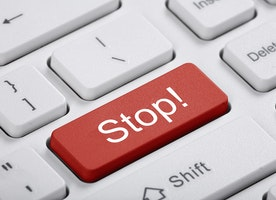 How to Fail at Facebook: 7 Things You Should Stop Doing Right Now