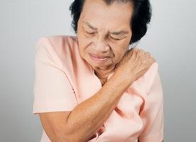 Fibromyalgia vs. polymyalgia: Differences in symptoms, causes, and treatment