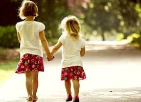 New Year Resolutions to make with your sister, because she is your other half