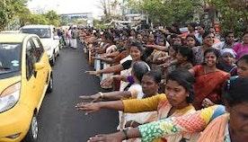 """India's """"Women's Wall"""" Empowerment"""