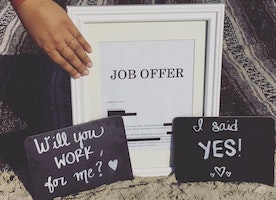 This woman has a romantic photoshoot with a job offer and it's hilariously perfect.