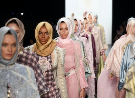 Muslim Designer Makes History as Models in Hijab Walk Runway at NYFW