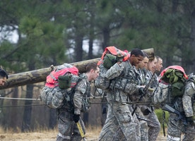 First female soldier in Green Beret training fails to complete the course