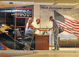 Orlando airport opens USO Welcome Center