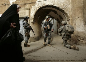 Obama sending up to 600 more troops to Iraq