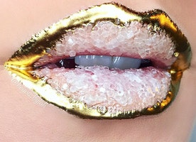 These Incredible Crystal Lips by a NYC Makeup Artist Are Going Viral