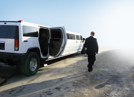 Shock and Awe-the Amsterdam Hummer Limo Phenomenon