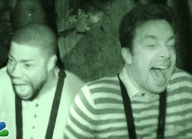 Watch Kevin Hart and Jimmy Fallon Lose it This Halloween Season At This Haunted House