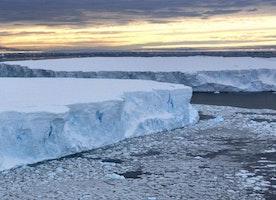 Huge glacier retreat triggered in 1940s - BBC News