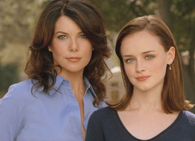 Netflix Releases Gilmore Girls in 3 Hours!