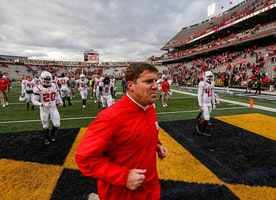 Chris Ash faces a critical offseason as Rutgers fails to show improvement in Year 1   Politi