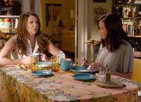 "The Gilmore Girls Finally Revealed the ""Final Four Words"" And Everyone is Freaking Out Except Me, Because I've Only Seen One Episode"