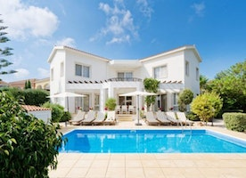 Benefits you get on renting villas in Cyprus!