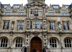 Oxford University Offers Workshops To Academics Suffering Research 'Trauma'