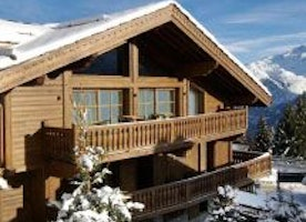 Enjoy the latest comforts and luxuries in a rustic Chalet
